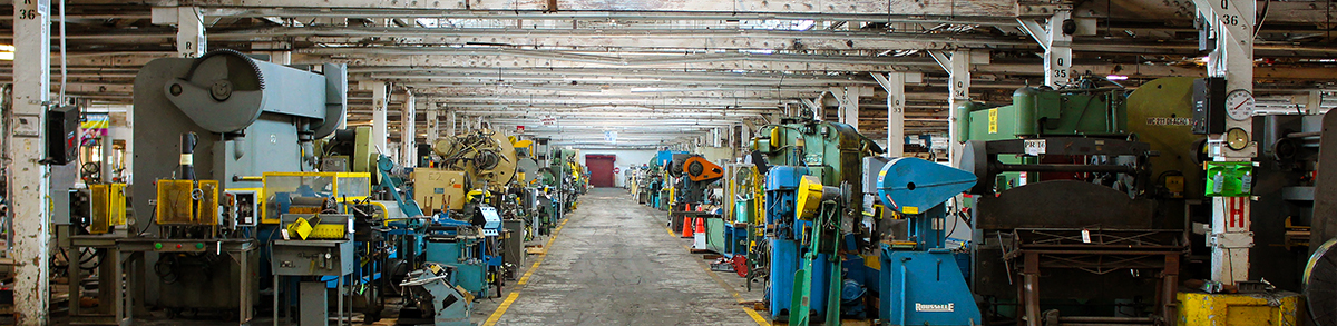 HGR Industrial Surplus Showroom Aisle-way